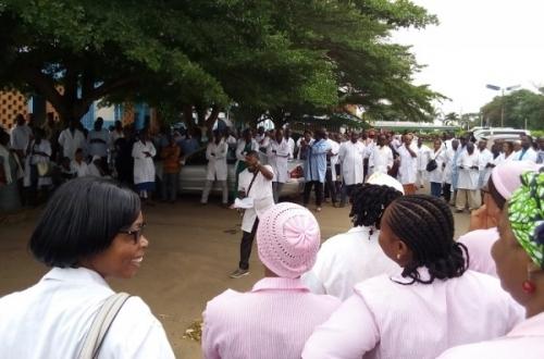 Grève des agents de santé,grève,agent de santé,société