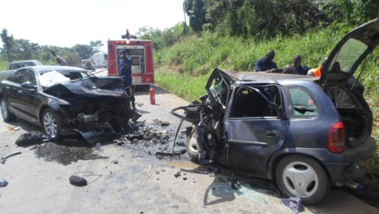 Quatre membres d'une même famille périssent dans un accident de la circulation