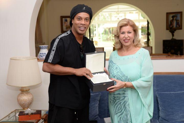 Ronaldinho,footailleur,match de gala,donc de médicaments,Children Of Africa,hôpital mère -enfant
