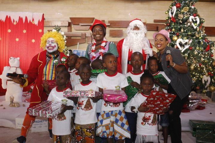 Fête de Noël/ La ministre Marietou Koné comble 3000 enfants