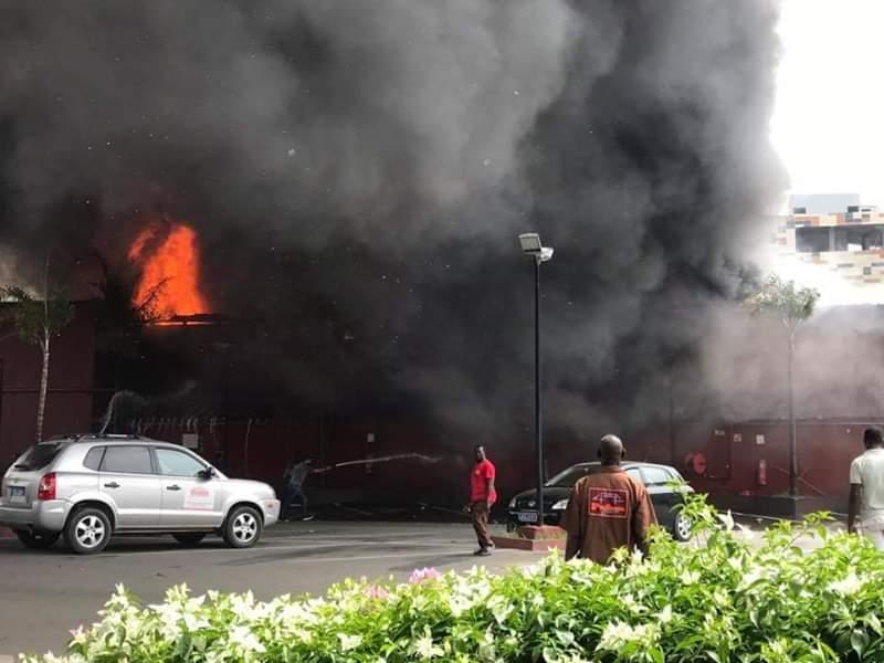 incendie-prima-center-le-feu-circonscrit
