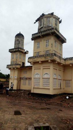 M'Bahiakro,mosquée,minaret,écroulé