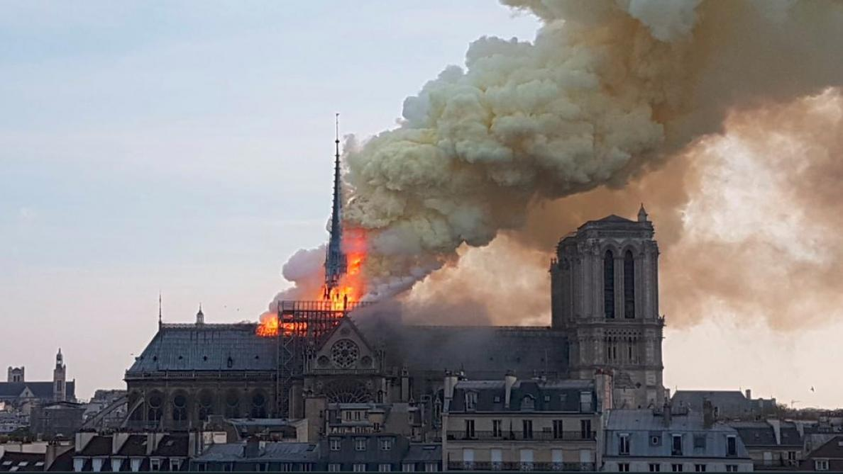 Inter,France,Notre Dame de Paris,Cathédrale,feu,incendie