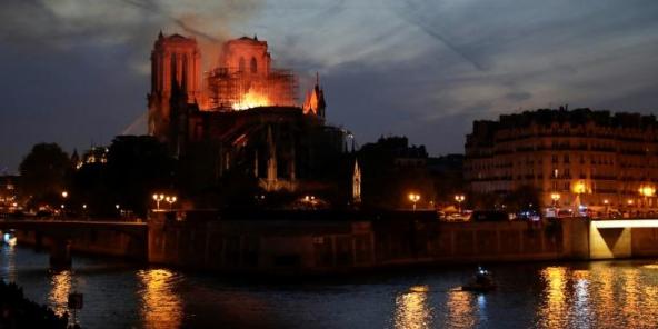 Notre Dame de Paris,Tritesse,Catastrophe,Abidjan,Dakar