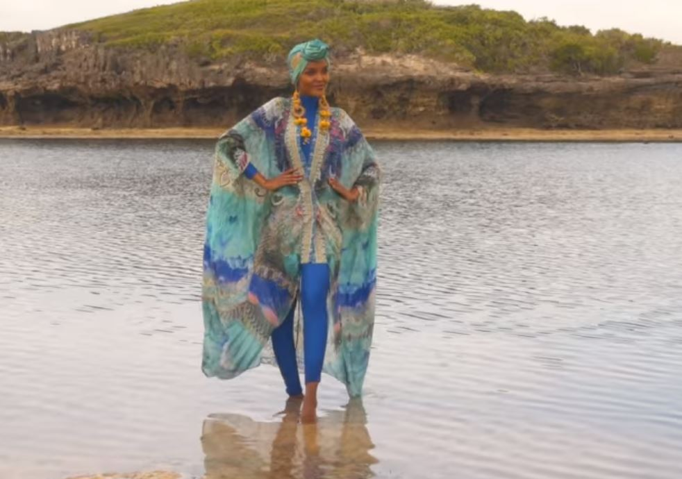 Halima Aden, Mode, mannequin,