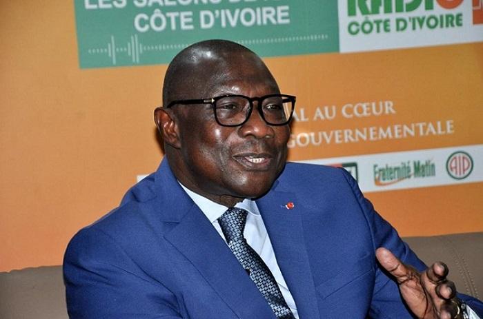 François Amichia,ministre des Villes,quartiers précaires