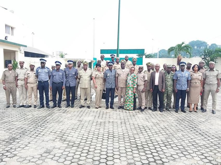 Douanes ivoiriennes,Gendarmerie nationale,séminaire de formation