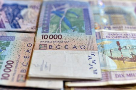 CEDEAO,Monnaie unique,CFA,Abuja