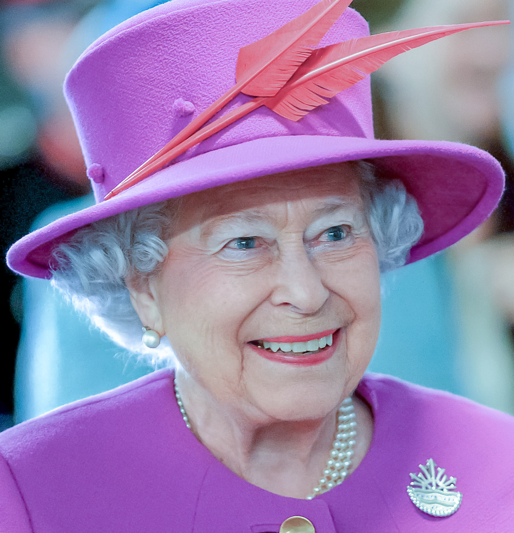 Elizabeth II,trône,Charles