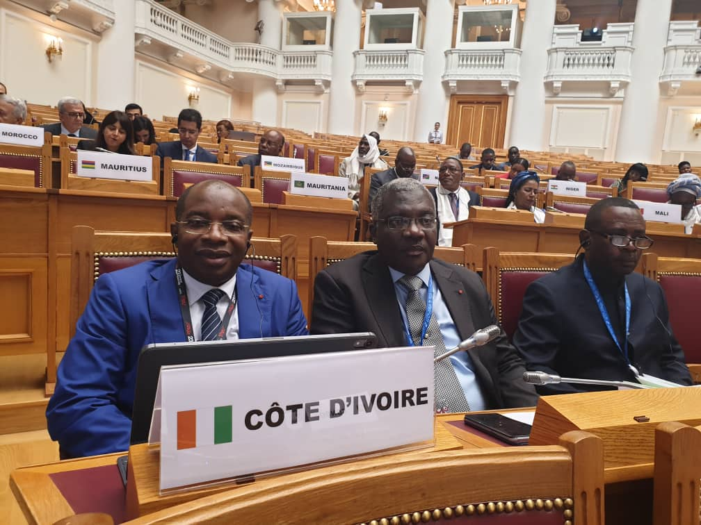 tourisme23e-ag-de-lomt-a-saint-petersbourg-le-leadership-ivoirien-dans-toute-sa-splendeur