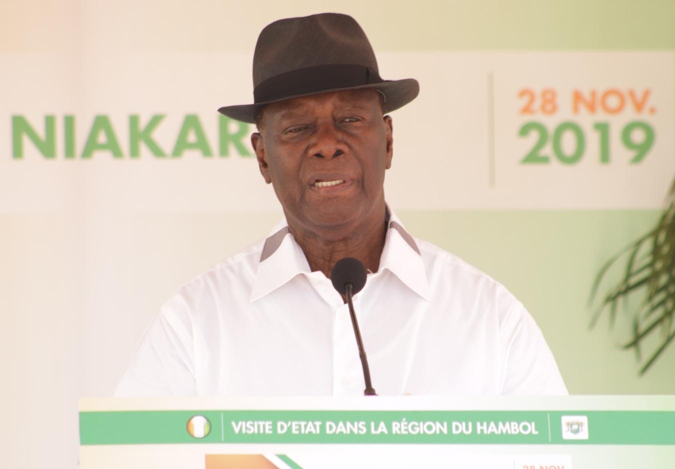 depuis-le-hambol-alassane-ouattara-titille-ses-opposants-quot-le-gouvernement-est-au-travail-pas-dans-le-bavardagequot