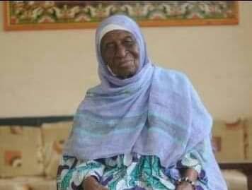 Marche des femmes sur Grand-Bassam,70 ans