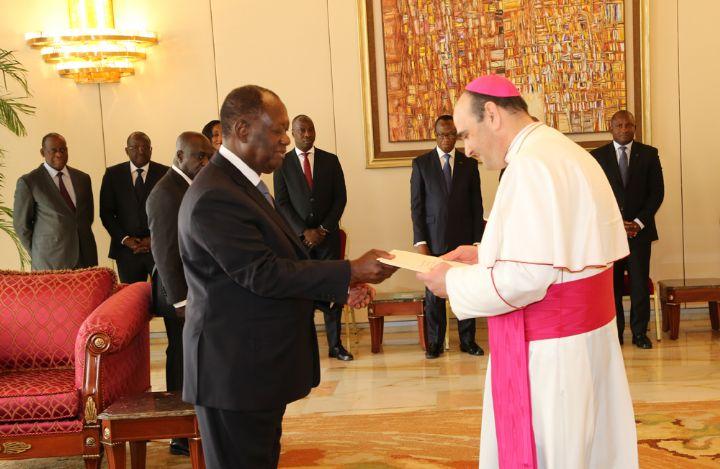 Alassane Ouattara,Ambassade