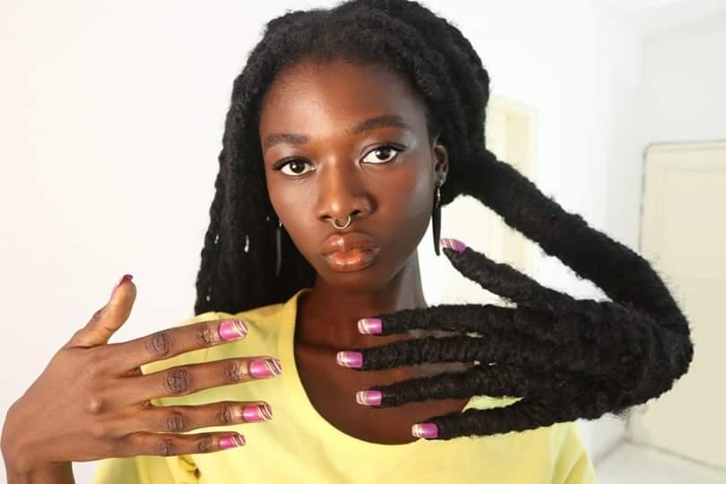 Portrait découverte,  Laetitia Ky, cheveux,