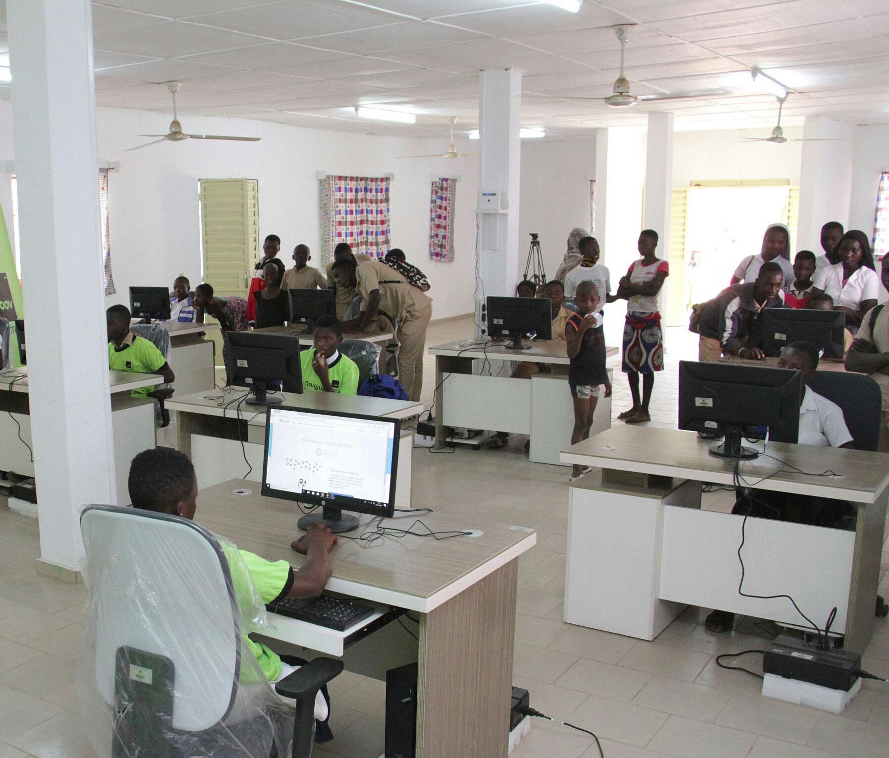 TIC,Moov Côte d'Ivoire,dons de matériels informatiques