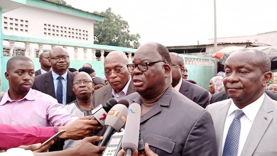 penurie-de-leau-dans-le-district-dabidjan-le-ministre-laurent-tchagba-annonce-de-bonnes-nouvelles