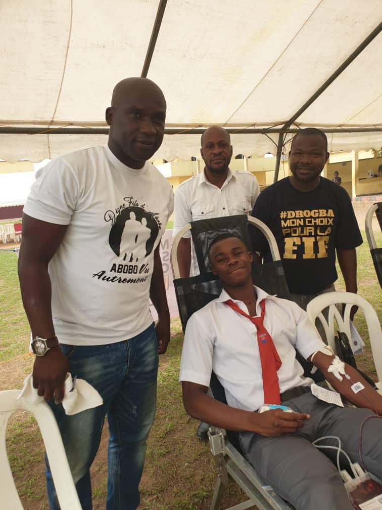 Don de sang,Yopougon,Didier Drogba,Mouvement de soutien à la candidature de Didier Drogba,MSDD