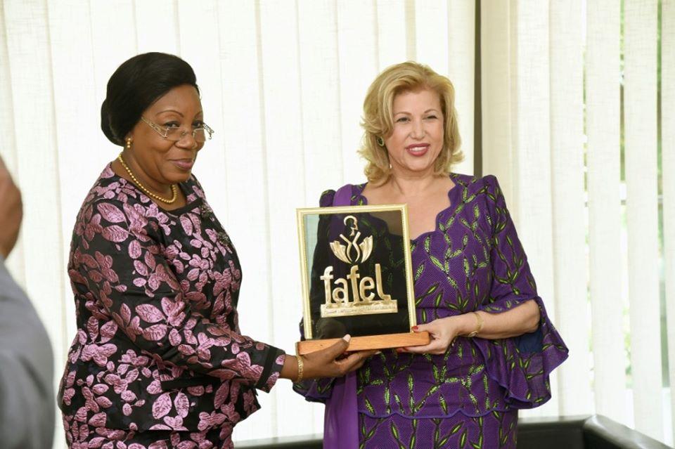 Première Dame,Dominique Ouattara,Trophée