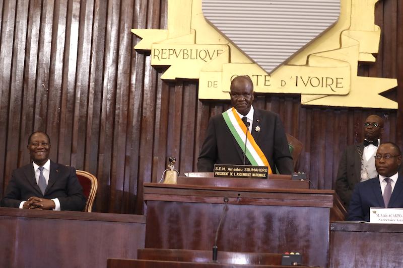 réunion du Parlement à Yamoussoukro