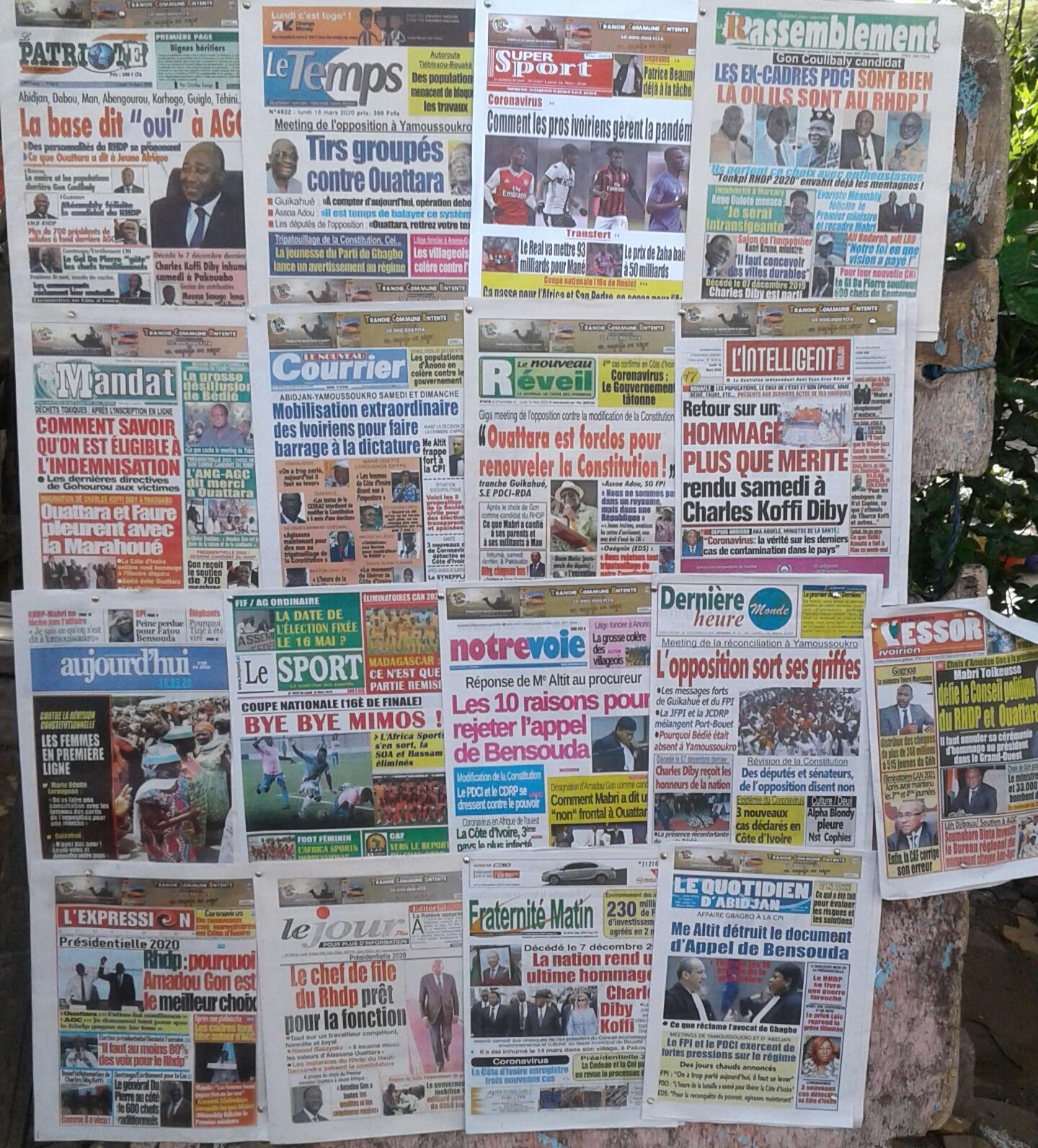 revue-de-presse-pouvoir-et-opposition-se-disputent-la-une-des-journaux-de-ce-lundi
