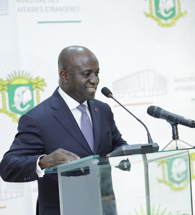 Démission Amon Tanoh,Gouvernement de Côte d'Ivoire,Premier ministre,Ministre des affaires étrangères