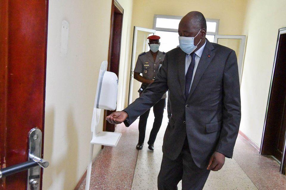 Coronavirus,auto-confinement,Premier ministre Amadou Gon Coulibaly