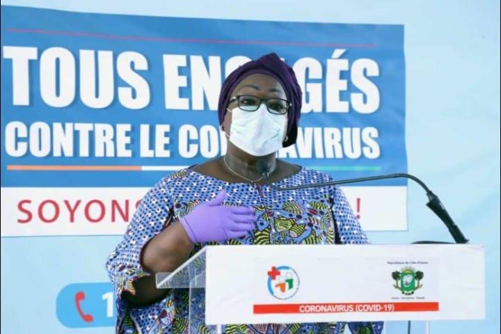 coronavirus-une-operation-de-lavage-et-de-desinfection-des-rues-du-district-dabidjan-demarre-le-30-mars