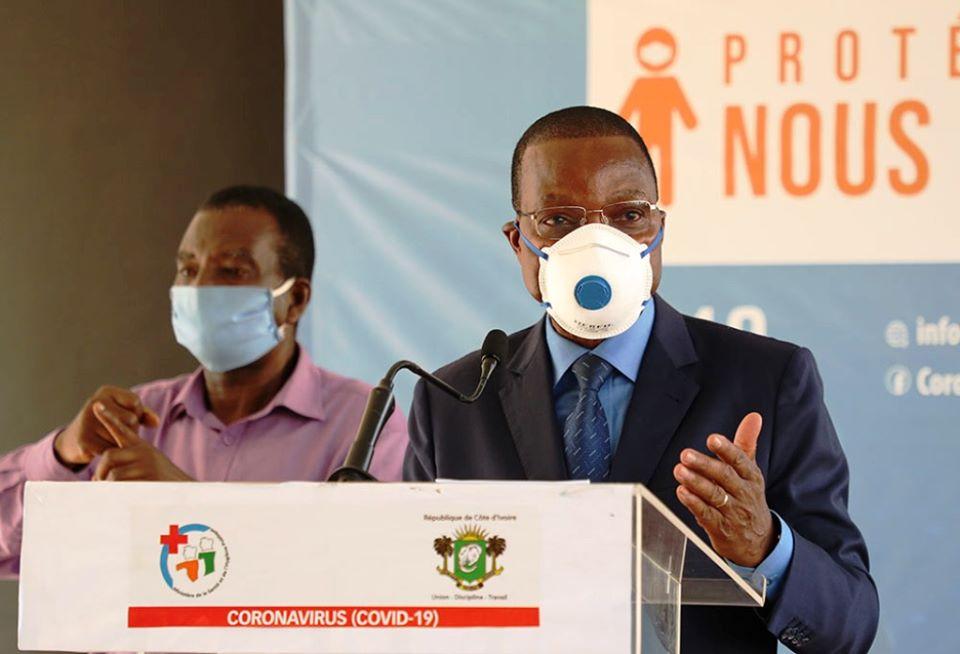 coronavirus-le-ministre-joseph-seka-seka-presente-les-actions-menees-dans-le-secteur-de-lenvironnement