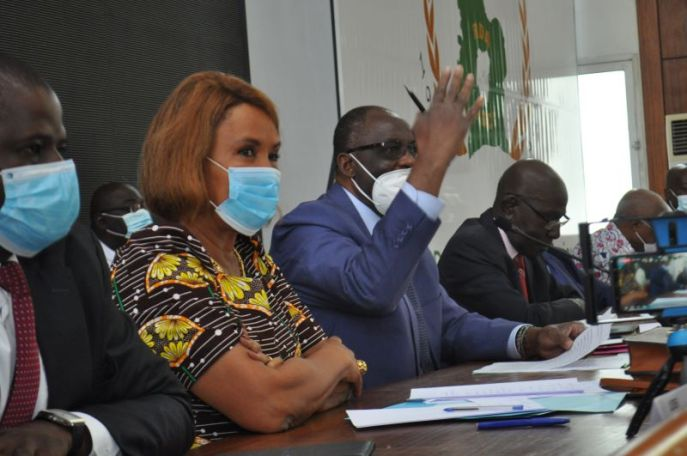 3e-mandat-alassane-ouattara-nest-plus-digne-de-confiance-selon-lopposition