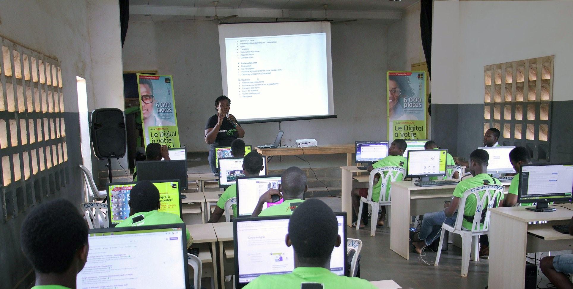 insertion-professionnelle-des-jeunes-et-entreprenariat-un-projet-pour-la-formation-de-3-500-jeunes