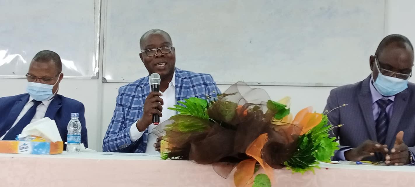medias-jean-claude-coulibaly-president-de-lunjci-presente-le-vrai-visage-de-la-presse-ivoirienne-aux-etudiants-de-luniversite-de-cocody