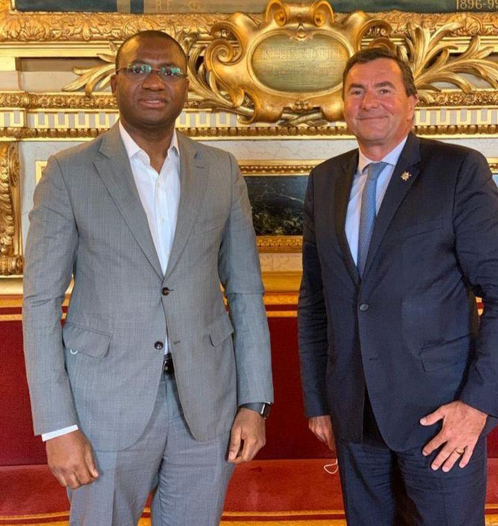 situation-sociopolitique-sidi-toure-echange-avec-le-senateur-des-francais-etablis-a-letranger