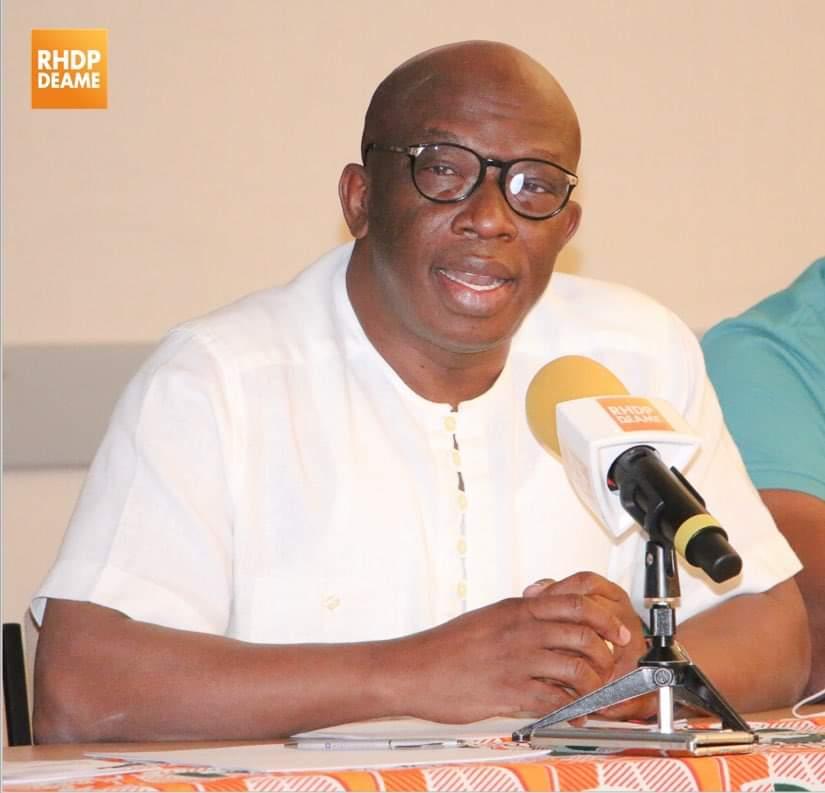presidentielle-du-31-octobre-lancine-diaby-vend-ado-aux-etudiants-ivoiriens-de-france
