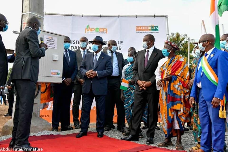electricite-le-president-alassane-ouattara-met-sous-tension-ngattakro-bouafle