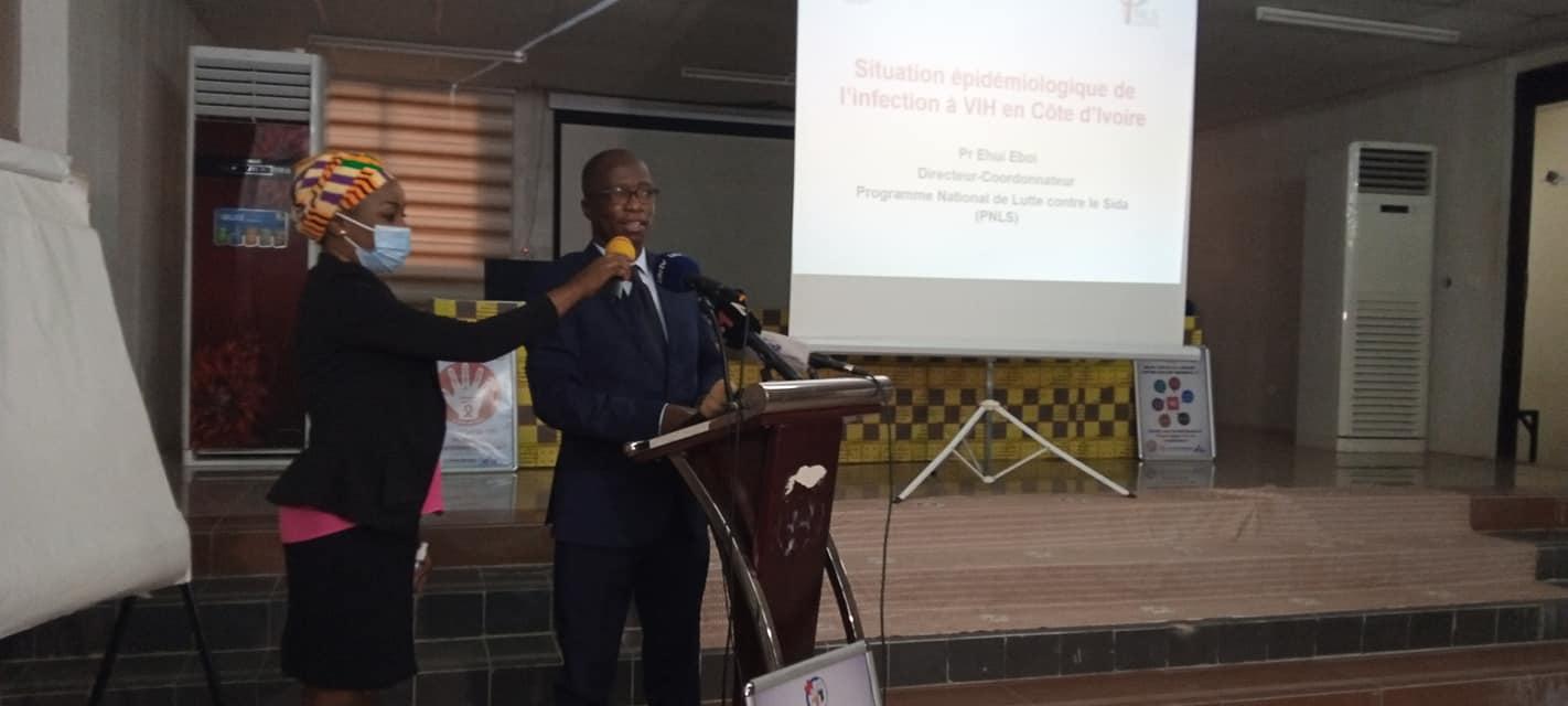 lutte-contre-le-sida-des-journalistes-ivoiriens-formes-aux-objectifs-des-3x90