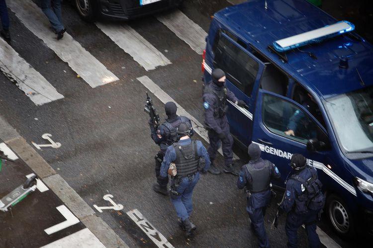 paris-attaque-suicide-devant-les-ex-locaux-de-quotcharlie-hebdoquot