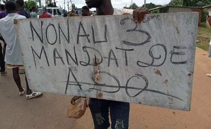 bongouanou-affrontements-entre-manifestants