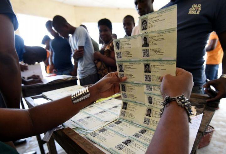 presidentielle-2020-4115-des-electeurs-ont-retire-leurs-cartes-selon-la-cei