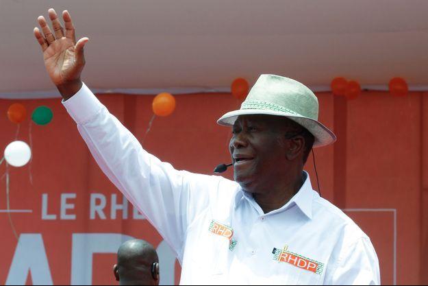 presidentielle-2020-ouattara-largement-en-tete-selon-les-premiers-resultats