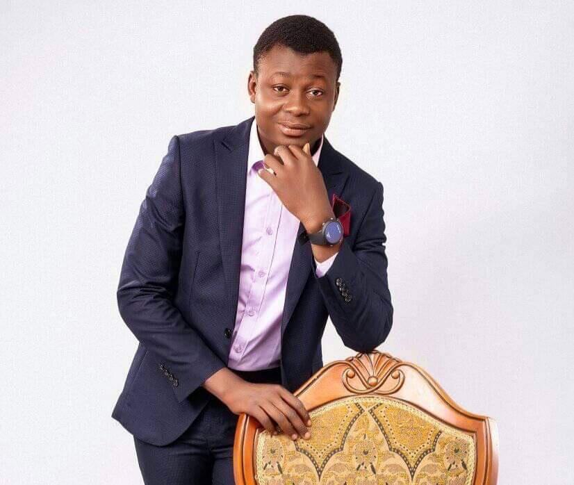 reconnaissance-du-merite-le-plus-jeune-milliardaire-togolais-bientot-prime-a-abidjan