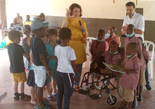 fete-de-noel-la-fondation-gandour-comble-les-enfants-de-lorphelinat-de-bingerville