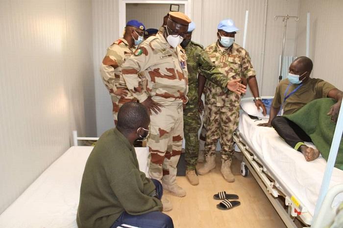 mali-le-general-doumbia-apporte-la-compassion-de-la-nation-aux-casques-bleus-ivoiriens-de-la-minusma