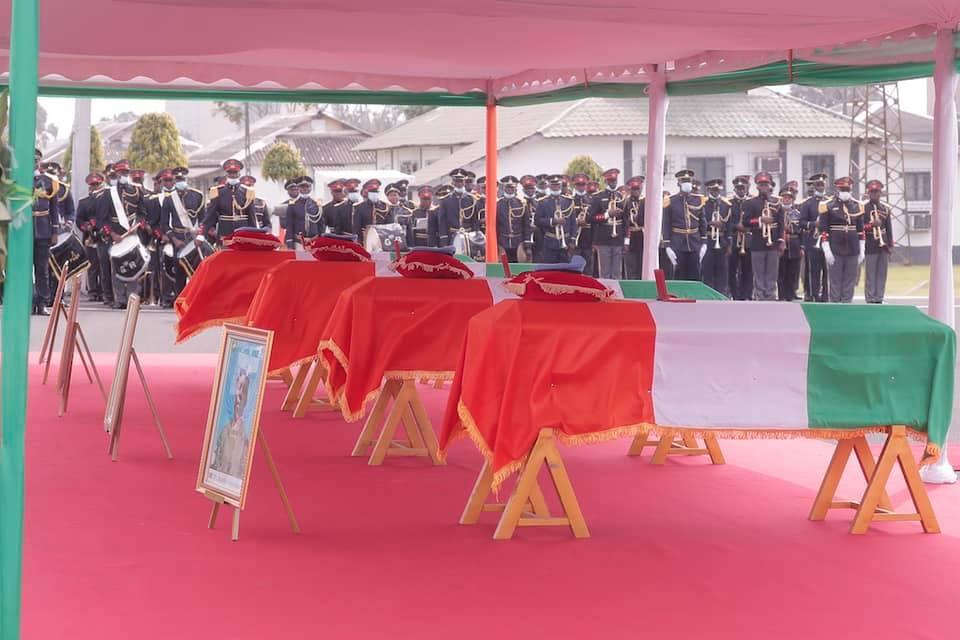 hommage-aux-casques-bleus-ivoiriens-tues-au-mali-quotil-ny-a-pas-meilleur-mort-que-celle-qui-est-la-votrequot-cema