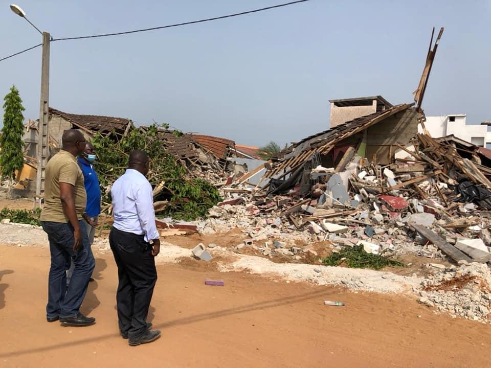 demolition-de-la-maison-du-super-ebony-2009-les-journalistes-quotse-reservent-le-droit-de-donner-une-suite-judiciairequot-a-cette-affaire