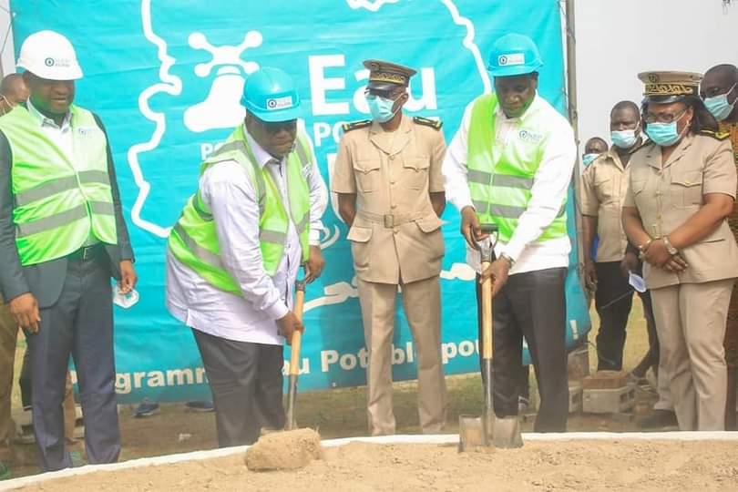 programme-durgence-hydraulique-rurale-ahoua-ndoli-et-laurent-tchagba-lancent-les-travaux-de-deux-chateaux-deau-dans-le-moronou