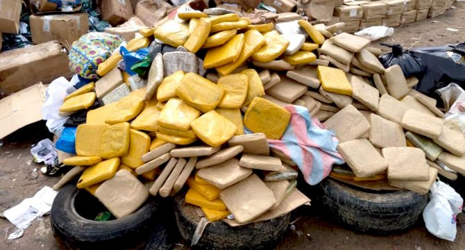 securite-plus-de-1000-kgs-de-cocaine-saisie-a-abidjan