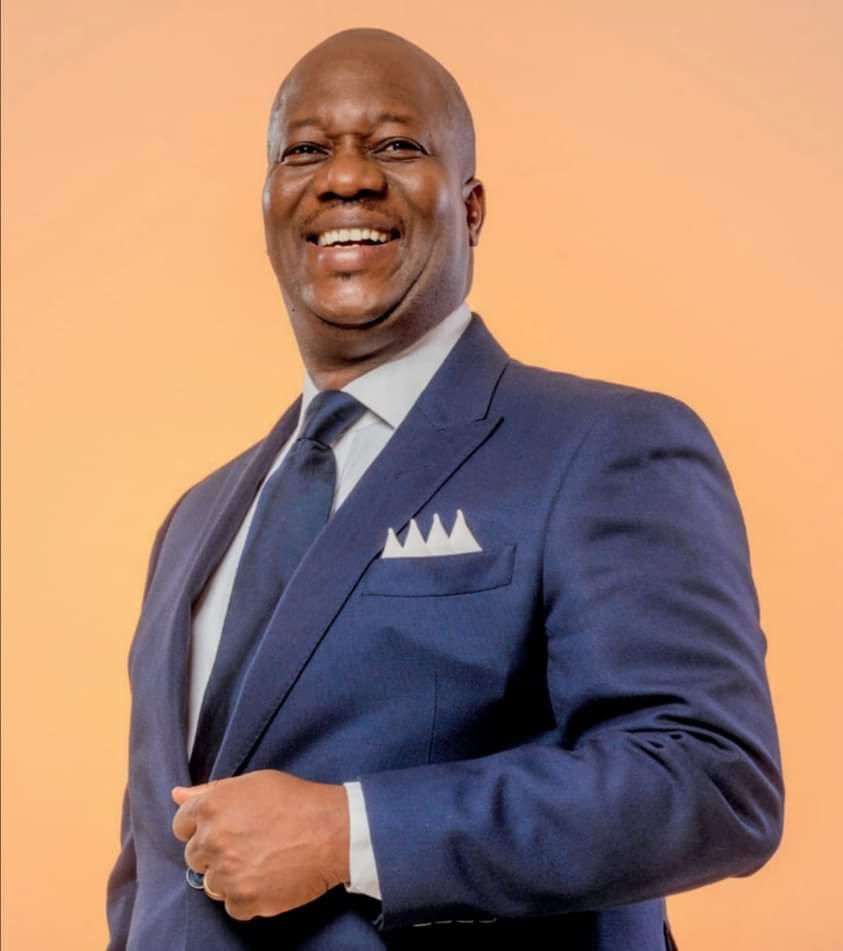 legislatives-au-plateau-ouattara-dramane-avoue-ehouo-jacques-est-en-passe-de-remporter-la-victoire