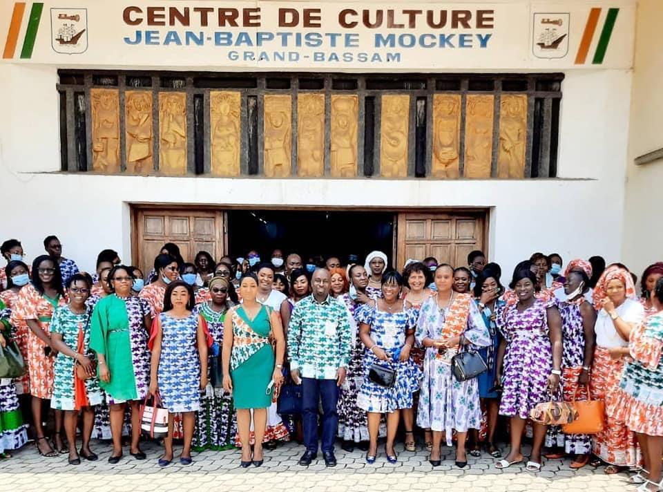 journee-internationale-de-la-femme-2021-les-femmes-de-laviation-civile-pronent-le-leadership-feminin