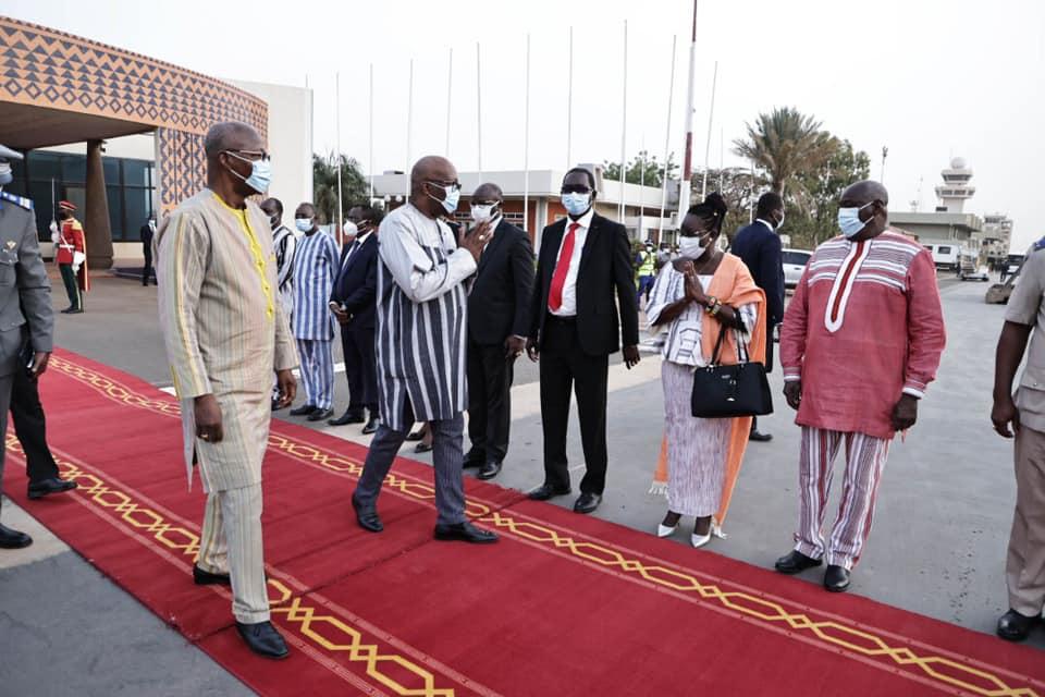 obseques-du-premier-ministre-hamed-bakayoko-le-president-du-burkina-faso-aux-cotes-du-peuple-ivoirien
