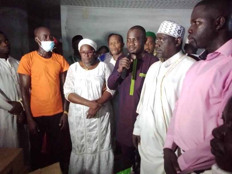 ramadan-2021-le-depute-toure-alpha-yaya-et-des-musulmans-prient-pour-alassane-ouattara-a-yopougon